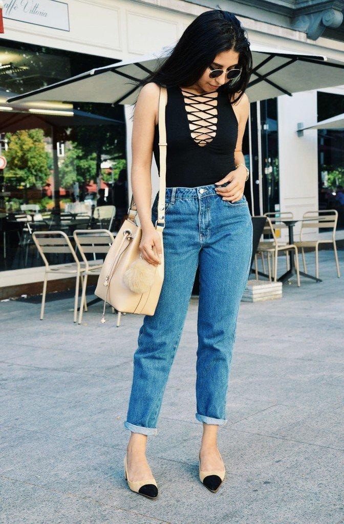 Body lacé : H&M Jean : Zara Ballerines : Zara Sac : Zara