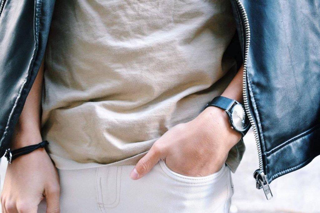 Tee-shirt : ASOS Pantalon : ASOS Perfecto : ASOS